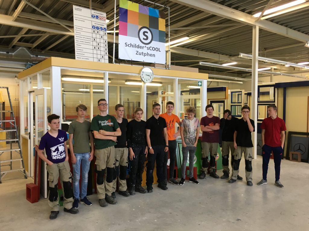 De eerste vmbo-leerlingen van het profiel BWI naar Schilder^sCOOL Zutphen