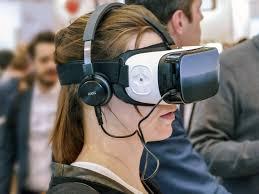 Marianum gebruikt VR-brillen in de les